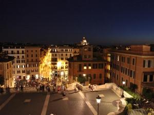 Вид на ночной Рим