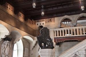 Вестибюль Государственного дворца