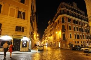 Улицы ночного Рима